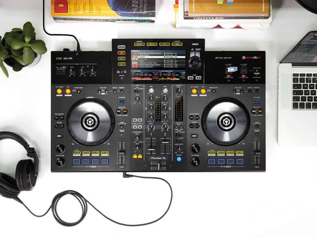 Pioneer XDJ-RR works with soundcloud